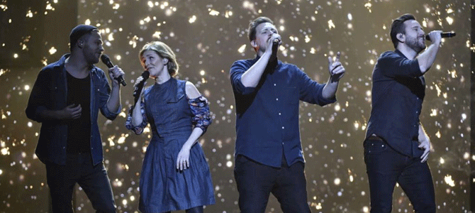 Helen and Solala in The Swedish Eurovision finale intermission