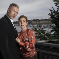 Mikael Persbrandt och Helen Sjöholm 2020